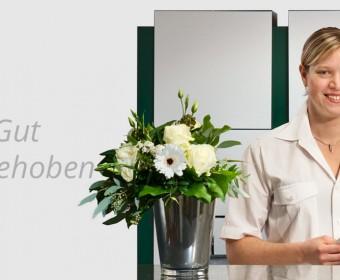 Gut aufgehoben - Empfang der Zahnarzt-Praxis Peter Guntermann Olpe. Foto © Dietrich Hackenberg
